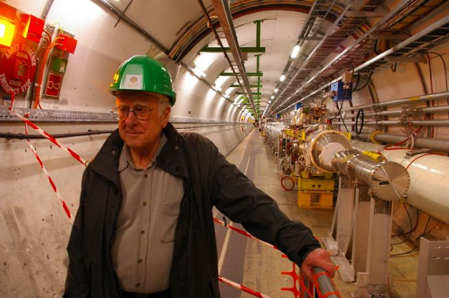 Питер Хиггс в Большом адронном коллайдере (фото: ph.ed.ac.uk)