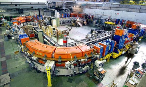 Установка для ускорения ионов низких энергий