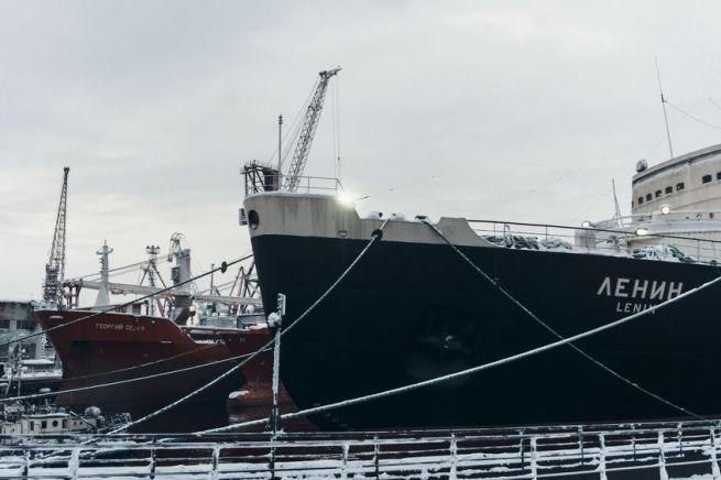 Атомный ледокол «Ленин» — первое в мире надводное судно с ядерной силовой установкой. Фото: https://ru.123rf.com/profile_koltduo